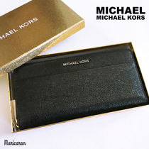 【即発送】Michael Kors・Pocket Zip-Around Continental Wallet