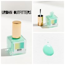 【Urban Outfitters】温度で色が変わる!グリーンネイル
