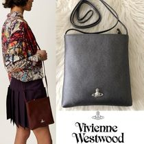 ◆VivienneWestwood◆VICTORIA-SQUARE CROSSBODY