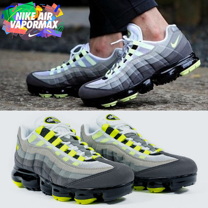 Nike スニーカー ◆日本未入荷◆NIKE◆AIR VAPORMAX 95◆NEON YELLOW GRADATION
