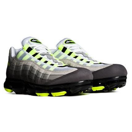 Nike スニーカー ◆日本未入荷◆NIKE◆AIR VAPORMAX 95◆NEON YELLOW GRADATION(11)