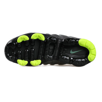 Nike スニーカー ◆日本未入荷◆NIKE◆AIR VAPORMAX 95◆NEON YELLOW GRADATION(15)