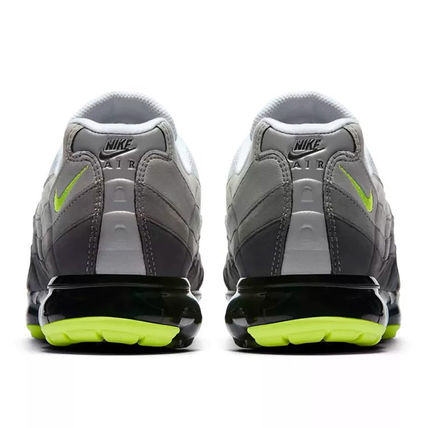 Nike スニーカー ◆日本未入荷◆NIKE◆AIR VAPORMAX 95◆NEON YELLOW GRADATION(16)