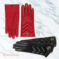 【GUCCI】GG Marmont chevron leather gloves