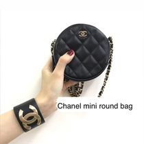 CHANEL クラシック チェーンクラッチ Classic Clutch With Chain