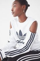 Urban Outfitters  Adidas 肩あき スウェット パーカー