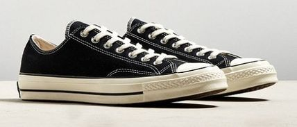 Urban Outfitters スニーカー Urban Outfitters★コンバースCHUCK TAYLOR ALL STAR 1970S(2)