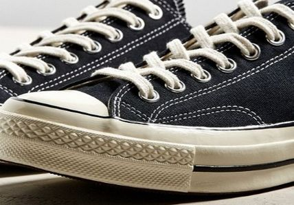 Urban Outfitters スニーカー Urban Outfitters★コンバースCHUCK TAYLOR ALL STAR 1970S(4)