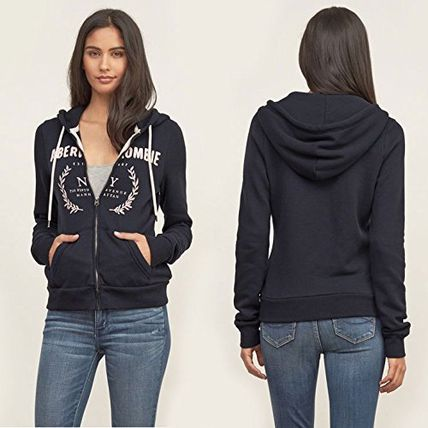 Abercrombie & Fitch パーカー・フーディ  APPLIQUE LOGO GRAPHIC HOODIE (2)