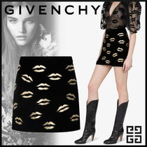 GIVENCHY 18AW新作 レザーパッチ GOLD キスマーク ミニスカート