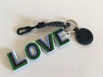 Tory Burch LOVE KEY FOB セール 国内即発送