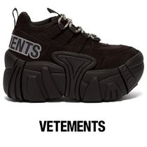 VETEMENTS(ヴェトモン) スニーカー 【VETEMENTS】X SWEAR suede trainers black
