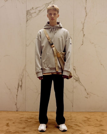 ANDERSSON BELL パーカー・フーディ ☆ANDERSSON BELL☆ UNISEX ANDERSSON SIGNATURE PATCH HOODIE(7)