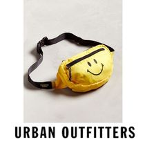 URBAN OUTFITTERS ポシェット Chinatown スマイリー ニコちゃん
