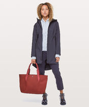 LULULEMON◆Out Of Range Tote 20L◆Roman Red