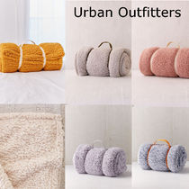 SALE!!【Urban Outfitters】6色*ふわふわ*/フリースブランケット