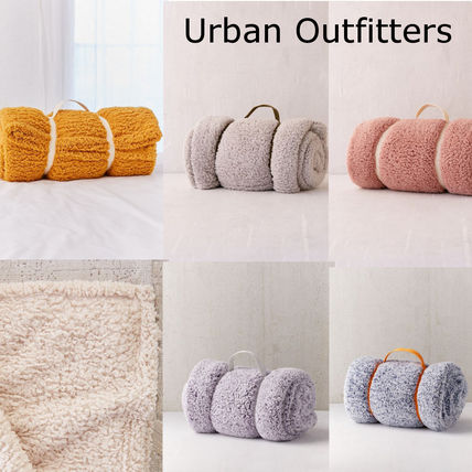 Urban Outfitters ブランケット SALE!!【Urban Outfitters】6色*ふわふわ*/フリースブランケット