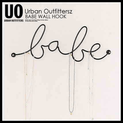 Urban Outfitters 棚・ラック・収納 国内即納★URBAN OUTFITTERS BABE WALL HOOK★43775741-001