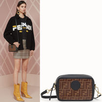 FE2275 FF LOGO FABRIC FENDI CAM BAG MINI