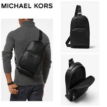 【MICHAEL KORS】☆18-19AW新作☆ Henry Leather Sling Pack
