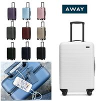 AWAY★USB電源付 ちょっと大きめ機内持込みTHE BIGGER CARRY-ON