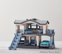 Pottery Barn Kids★Boys & Girls★ Green ToysからDoll House