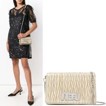 MM684 DELICE MIU LOGO MATELASSE SHOULDER BAG