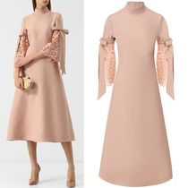 18-19AW V1378 CREPE COUTURE FLARE DRESS WITH LACE SLEEVE