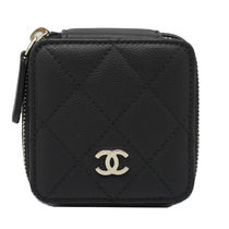 CHANEL Cubic Pouch