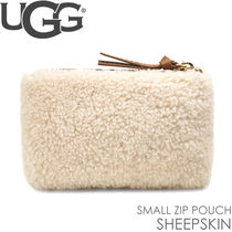 UGG クラッチバッグ ポーチ SMALL ZIP POUCH SHEEPSKIN