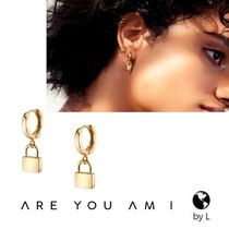 ARE YOU AM I(アーユーアムアイ) ピアス 【ARE YOU AM I】LIRA ゴールド パドロック イヤリング*関送込*