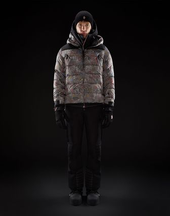 MONCLER ウィンタースポーツその他 送料関税込!MONCLER CAMURAC Paisageプリント ダウン(7)