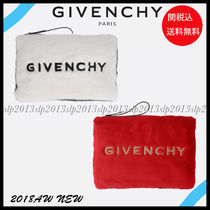 19New■GIVENCHY■フェイクファーロゴクラッチバッグ2色☆関税込