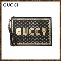 GUCCI(グッチ)★ Leather Guccy Pouch ★ 送料込み ★ 国内発送