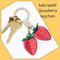kate spade /キーリング/ strawberry leather keychain