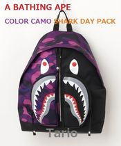 A BATHING APE(アベイシングエイプ) バックパック・リュック 送料込!A BATHING APE /エイプ BAPE COLOR CAMO SHARK DAY PACK