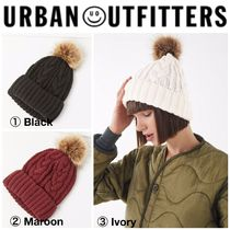 【URBAN OUTFITTERS】●日本未入荷● Cable Knit Pompom Beanie
