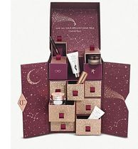 ロンドンより♪限定!!  Charlotte Tilbury Beauty Advent
