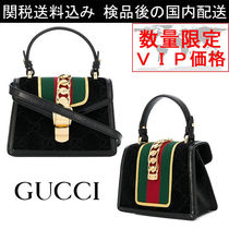 少数入荷 新作SALE★GUCCI★Mini Sylvie Bag In Velvet