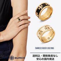 【新作セール】Tory Burch ENAMELED RAISED-LOGO RING 国内発送