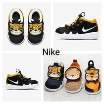 【Nike】 Kyrie 4  Little Big Cats リトル ビッグ キャッツ