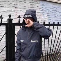 Supreme GORE-TEX Court Jacket (黒色)