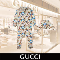 GUCCI Baby Fawn Print Onesie with Vintage Bonnet 関税送料込