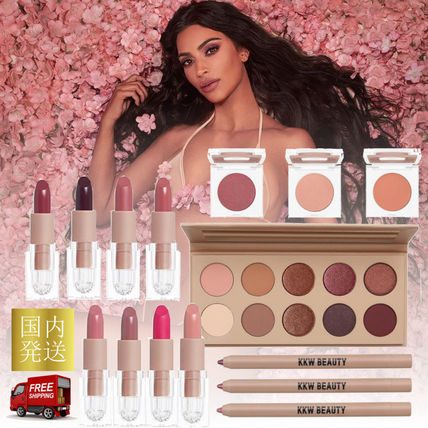 KKW BEAUTY☆CLASSIC BLOSSOM BUNDLE☆新作コスメ フルセット
