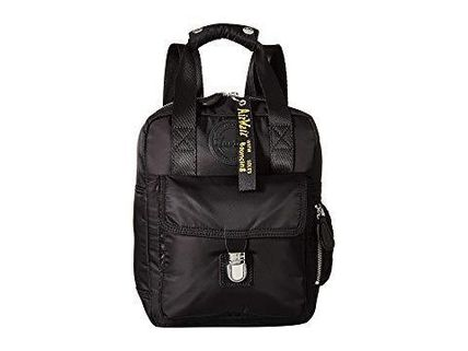 Dr. Martens Small Nylon Backpack 全3色