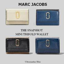 MARC JACOBS【国内発送】可愛いSnapshot Mini 三つ折り Wallet☆