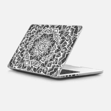 Casetify スマホケース・テックアクセサリー ★Casetify★MacBookケース*White and Grey Mandala