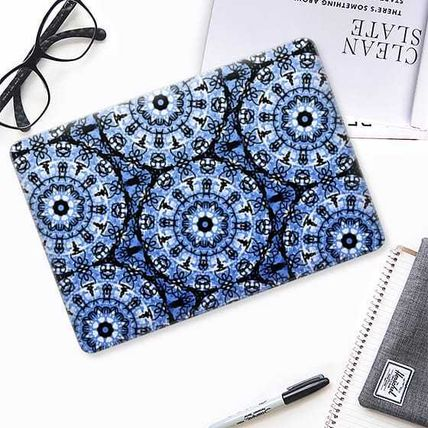 Casetify スマホケース・テックアクセサリー ★Casetify★MacBookケース#Blue Scribble Mandalas(2)