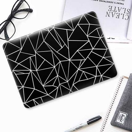 Casetify スマホケース・テックアクセサリー ★Casetify★MacBookケース#Abstraction Outline White on Black(2)