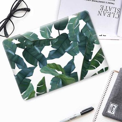Casetify スマホケース・テックアクセサリー ★Casetify★MacBookケース*Banana Leaf Decor(2)